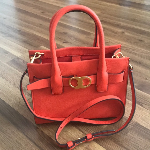 532a56dddae Tory Burch Gemini link leather small tote